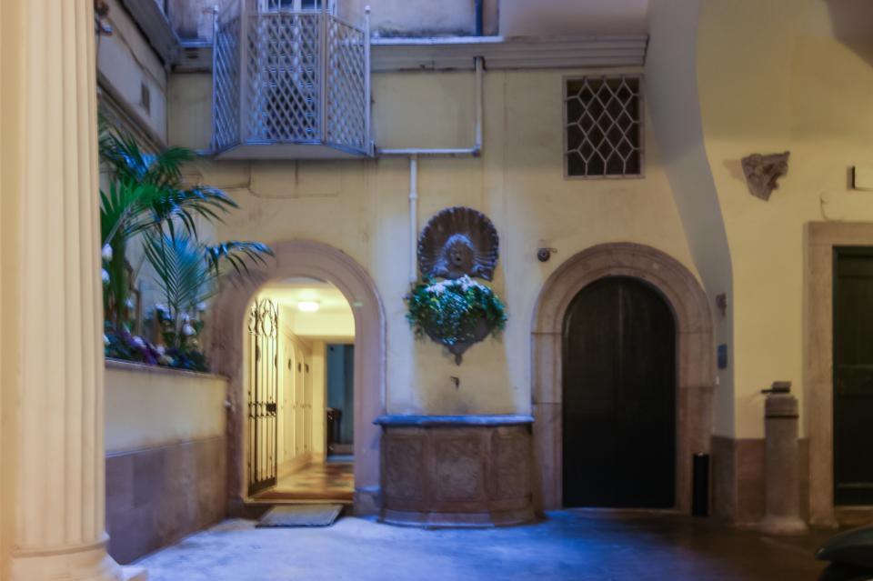 Savelli Navona Petite - Rome Vacation Rental - Photo 22