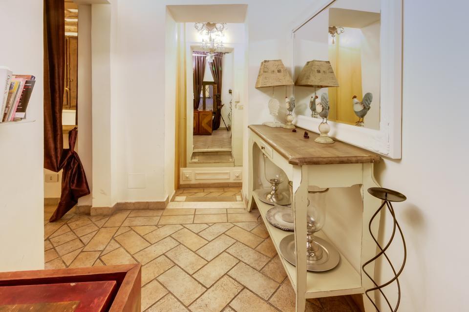Savelli Navona Petite - Rome Vacation Rental - Photo 17