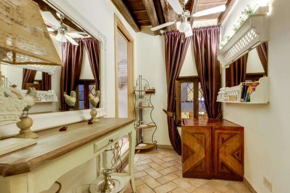 Savelli Navona Petite - Rome Vacation Rental - Photo 16