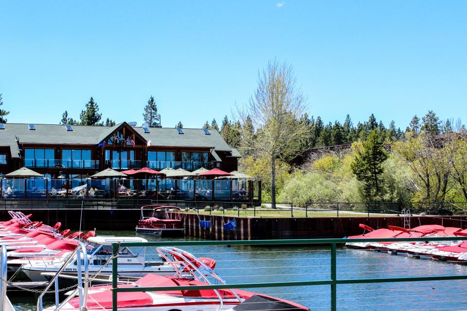 Spruce Grove Washoe Cabin - South Lake Tahoe Vacation Rental - Photo 29