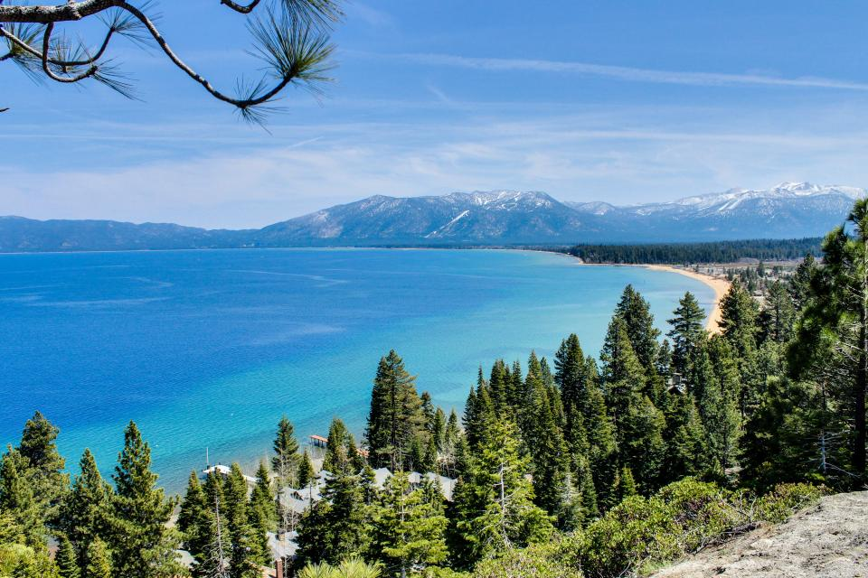 Spruce Grove Steamer Tahoe Cabin Condo - South Lake Tahoe Vacation Rental - Photo 32