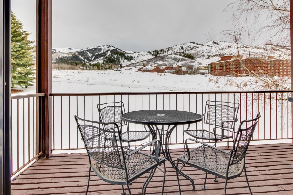 Red Pine Canyons View Condo - Park City Vacation Rental - Photo 2