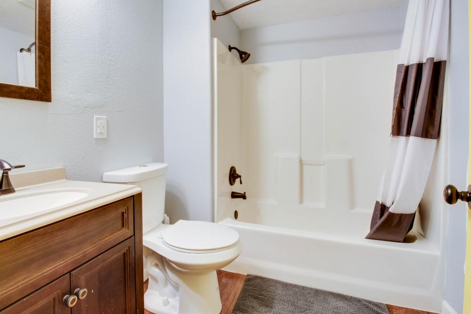 Gem by the Depot - Boise Vacation Rental - Photo 15