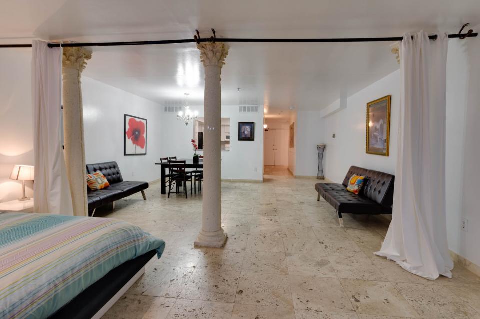 Castle Beach: Pavillon 7 Condo - Miami Beach Vacation Rental - Photo 11