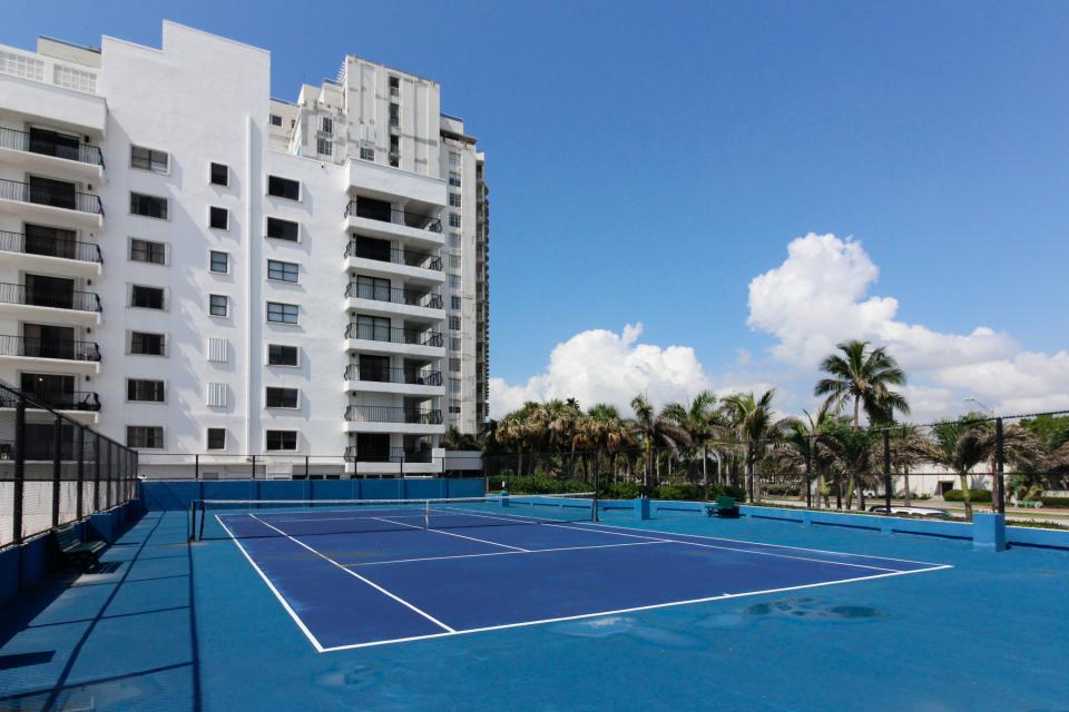 Castle Beach: Pavillon 7 Condo - Miami Beach Vacation Rental - Photo 26