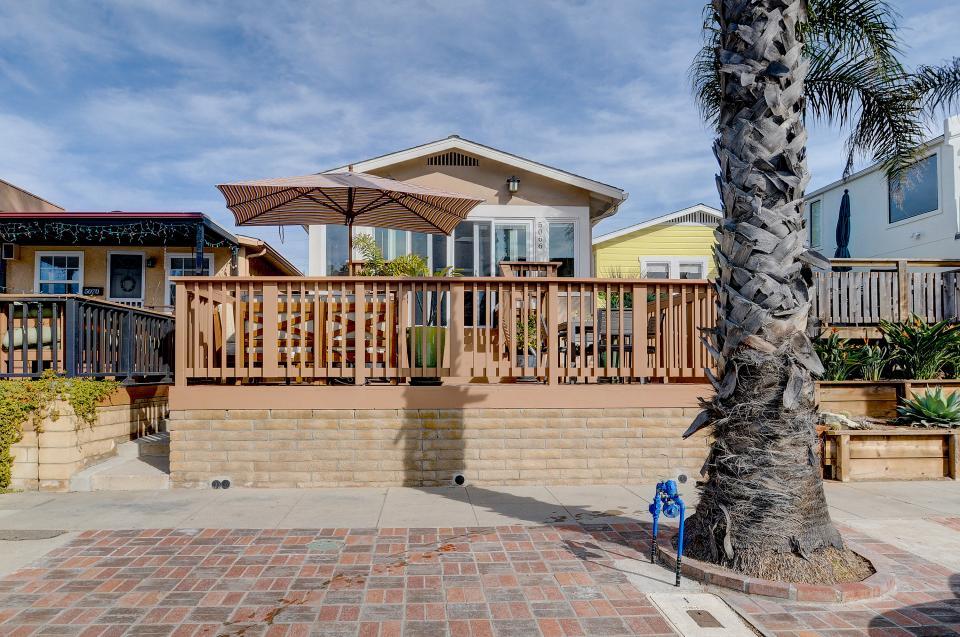 Beach Park Getaway - San Diego Vacation Rental - Photo 25