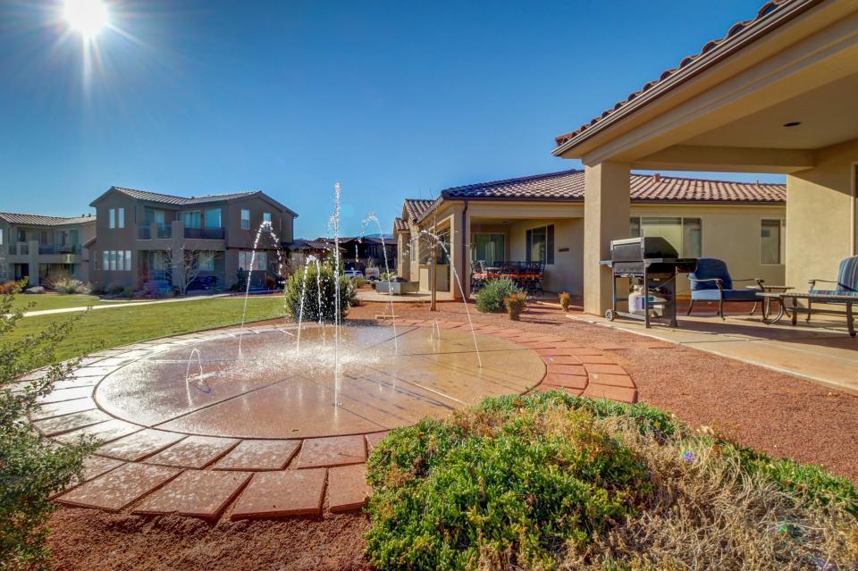 Lily Pad Place: Paradise Village #40 - Santa Clara Vacation Rental - Photo 36