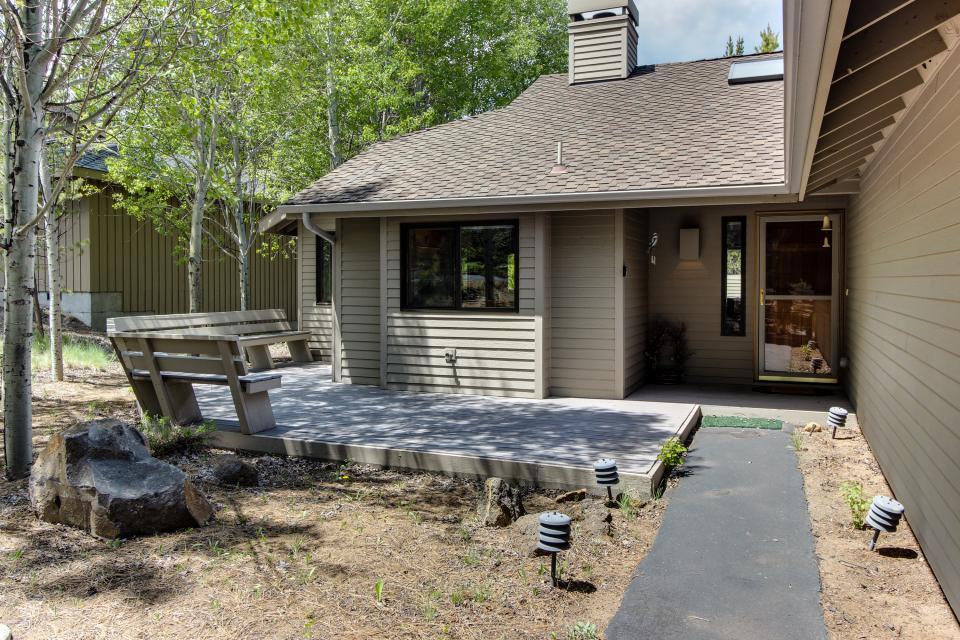 15 Lassen Lane - Sunriver Vacation Rental - Photo 34