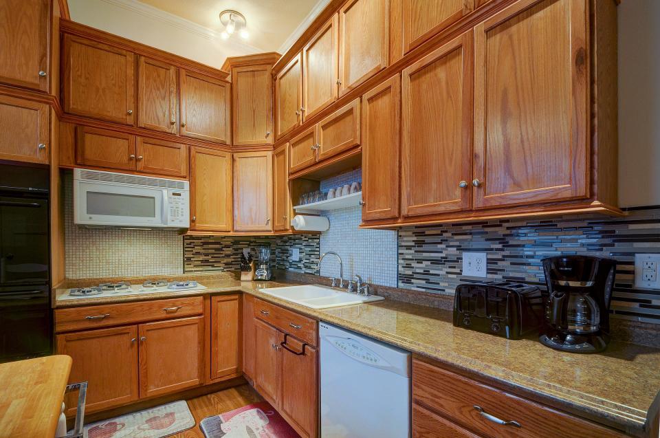 Tangren House - Moab Vacation Rental - Photo 10