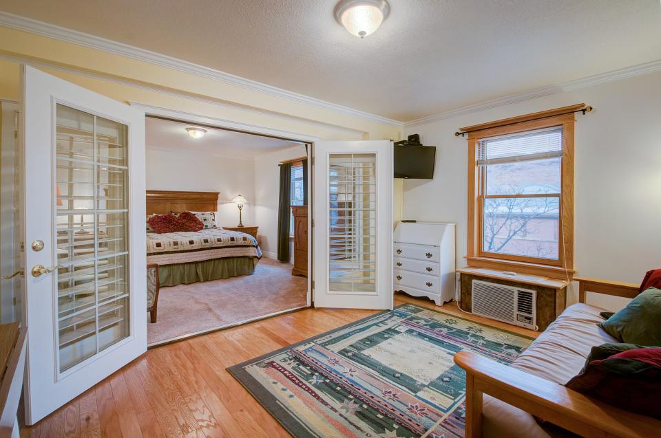 Tangren House - Moab Vacation Rental - Photo 25