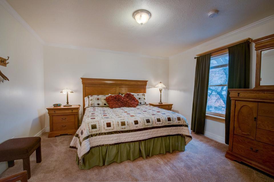 Tangren House - Moab Vacation Rental - Photo 27