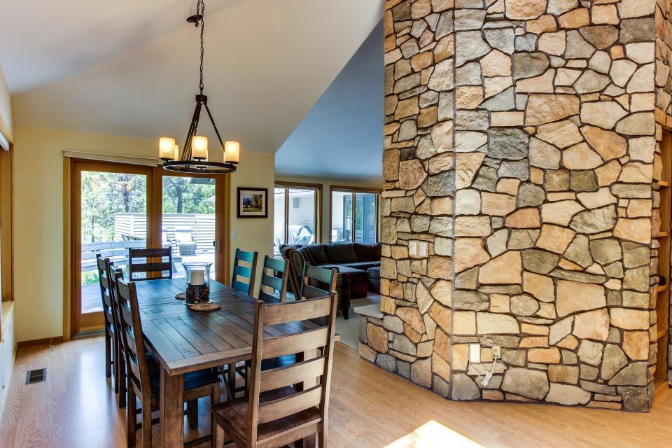 15 Lassen Lane - Sunriver Vacation Rental - Photo 9