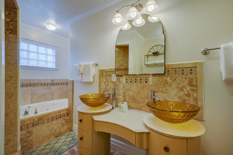 Tangren House - Moab Vacation Rental - Photo 36