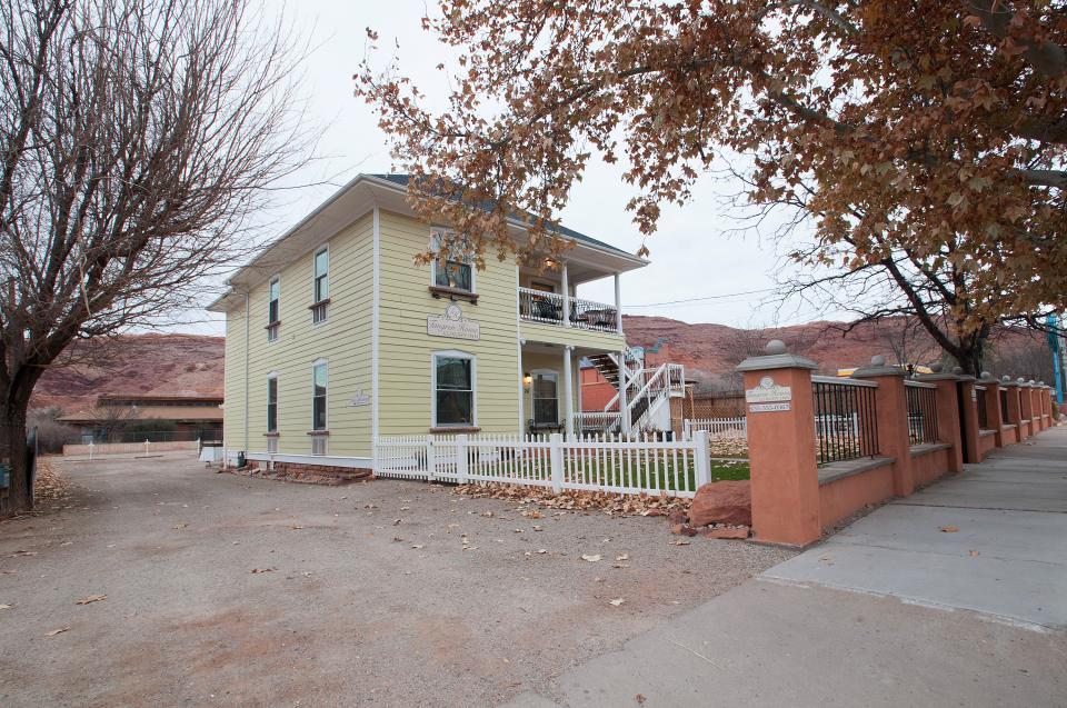 Tangren House - Moab Vacation Rental - Photo 38