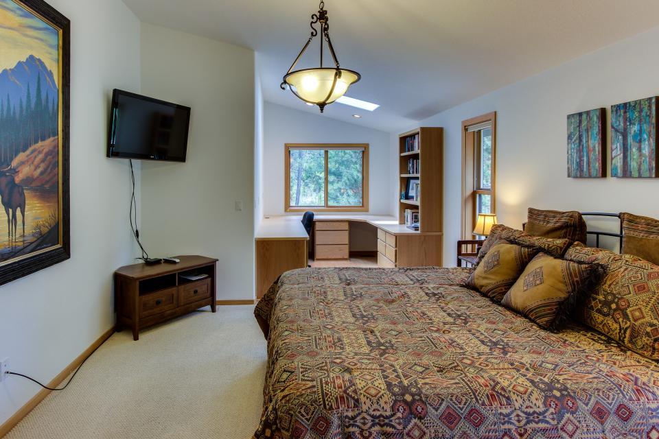 15 Lassen Lane - Sunriver Vacation Rental - Photo 13