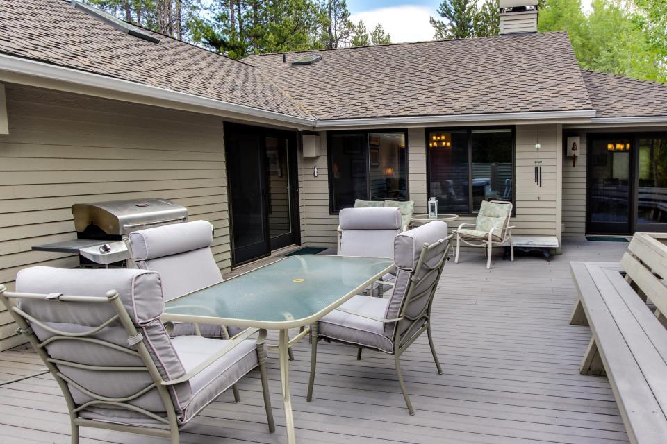15 Lassen Lane - Sunriver Vacation Rental - Photo 30