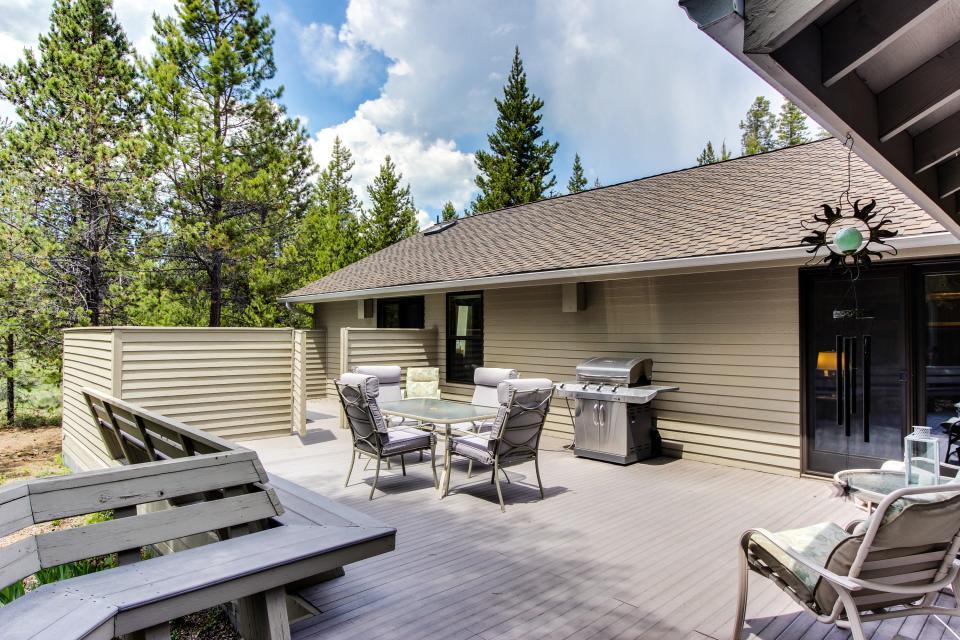 15 Lassen Lane - Sunriver Vacation Rental - Photo 3