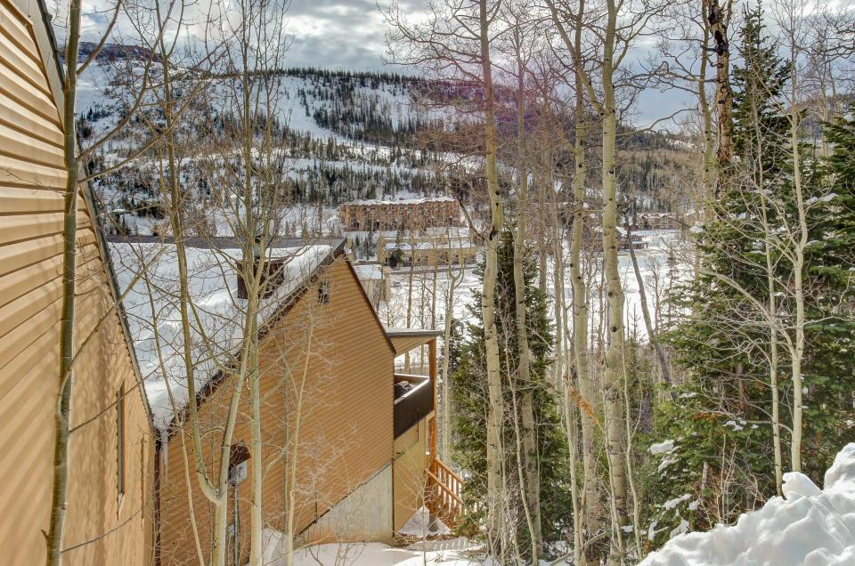The viewtiful brian head cabin 3 bd vacation rental in for Cabin rentals vicino a brian head utah
