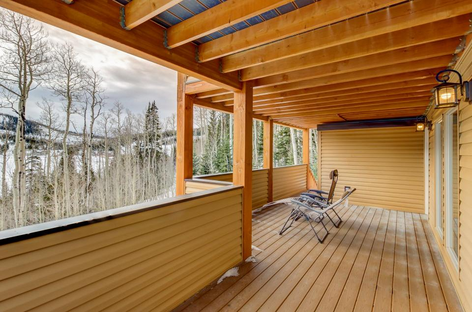 The Viewtiful Brian Head Cabin - Brian Head Vacation Rental - Photo 41
