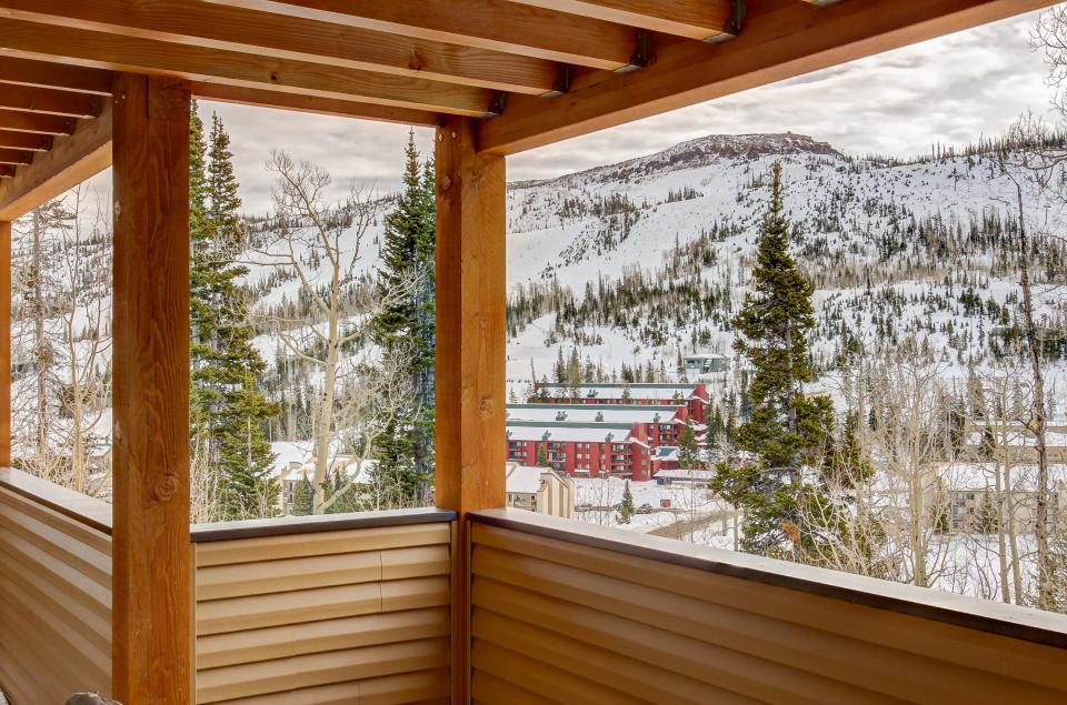 The Viewtiful Brian Head Cabin - Brian Head Vacation Rental - Photo 42