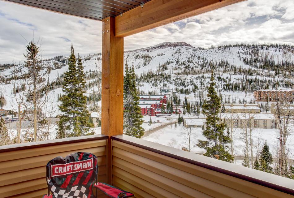 The Viewtiful Brian Head Cabin - Brian Head Vacation Rental - Photo 2