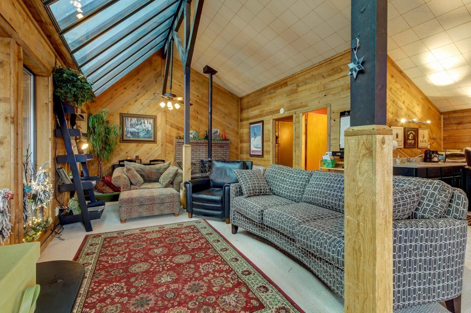 The Viewtiful Brian Head Cabin - Brian Head Vacation Rental - Photo 16