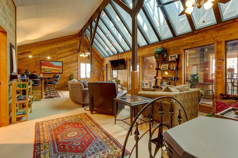 The Viewtiful Brian Head Cabin - Brian Head Vacation Rental - Photo 7