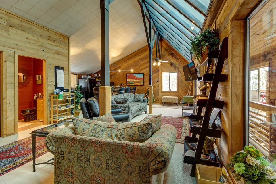 The Viewtiful Brian Head Cabin - Brian Head Vacation Rental - Photo 14