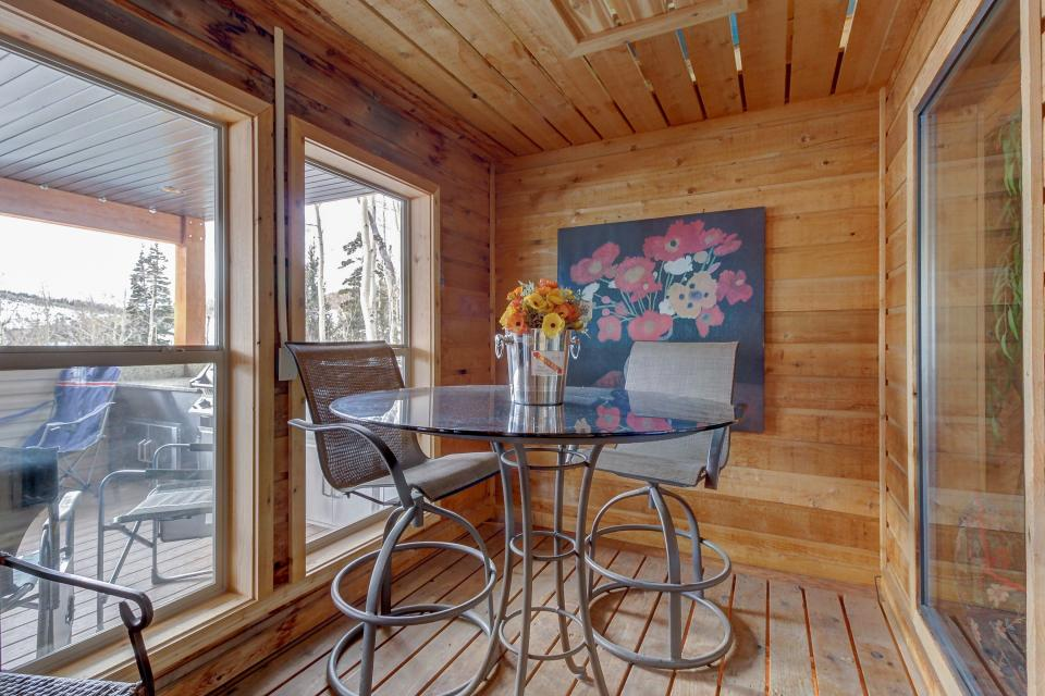 The Viewtiful Brian Head Cabin - Brian Head Vacation Rental - Photo 44