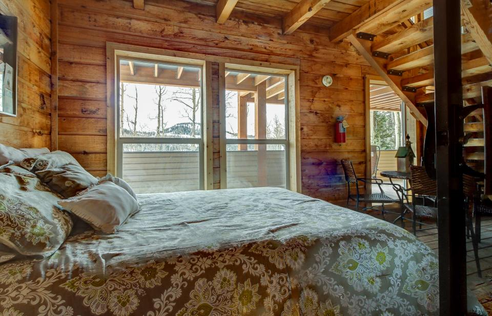The Viewtiful Brian Head Cabin - Brian Head Vacation Rental - Photo 24