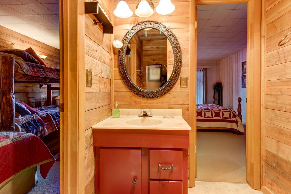 The Viewtiful Brian Head Cabin - Brian Head Vacation Rental - Photo 27