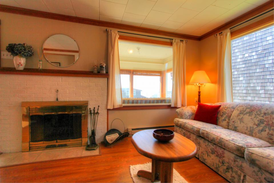 Auntie's House - Rockaway Beach Vacation Rental - Photo 24