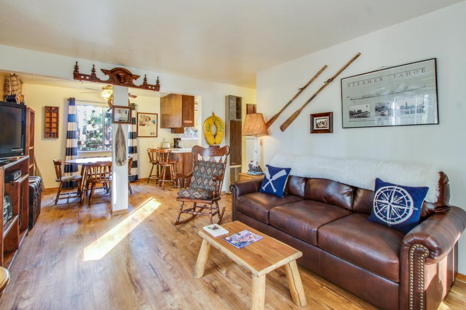 Spruce Grove Steamer Tahoe Cabin Condo - South Lake Tahoe Vacation Rental - Photo 3