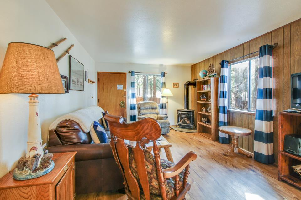 Spruce Grove Steamer Tahoe Cabin Condo - South Lake Tahoe Vacation Rental - Photo 5