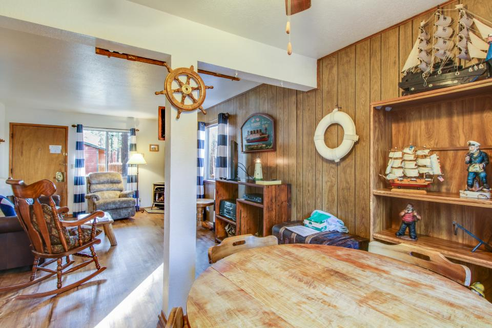 Spruce Grove Steamer Tahoe Cabin Condo - South Lake Tahoe Vacation Rental - Photo 16