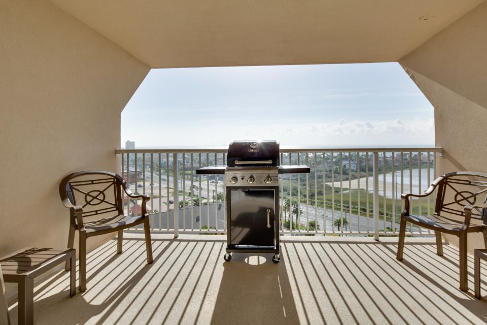 Solare Tower 1110 | 3 BD Vacation Rental in South Padre
