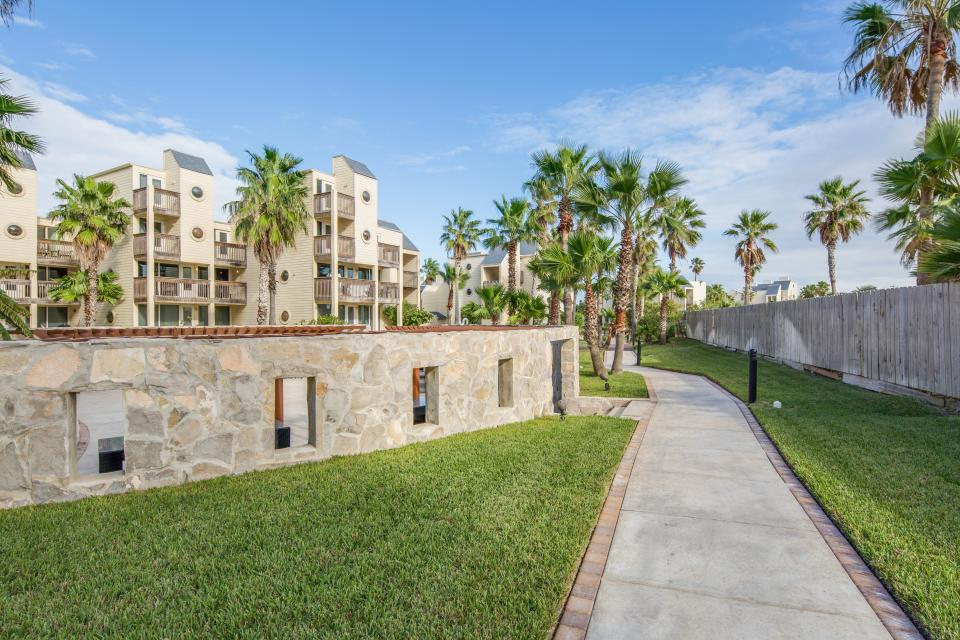 Solare Tower 1110 - South Padre Island Vacation Rental - Photo 47