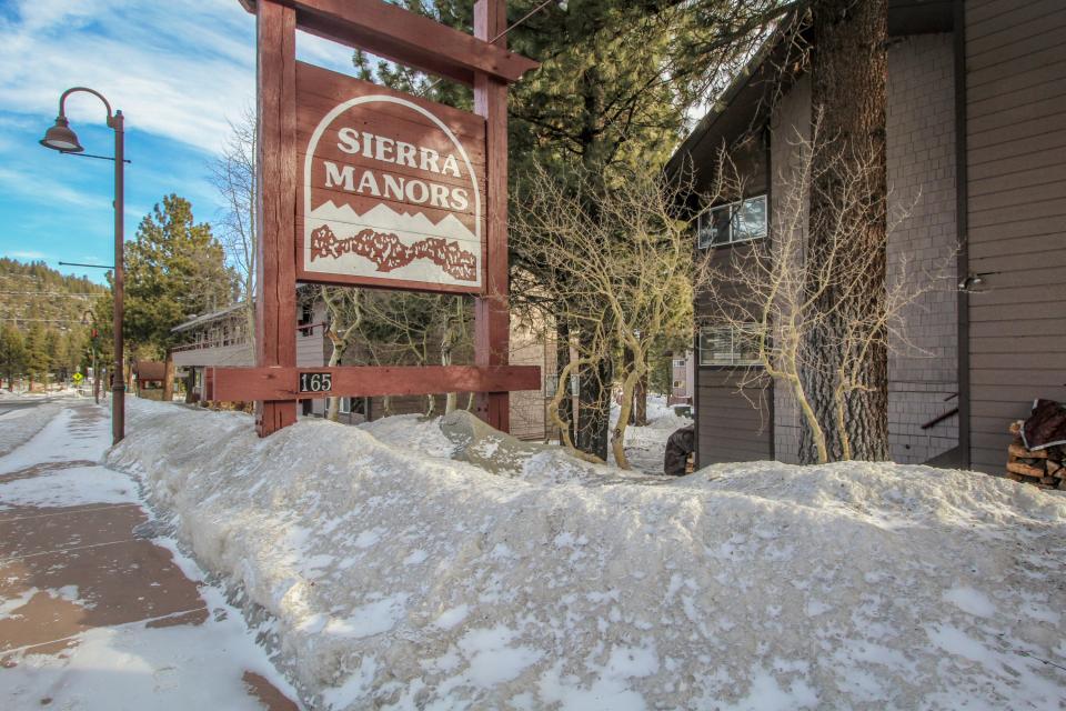 Sierra Manor Escape - Mammoth Lakes Vacation Rental - Photo 1