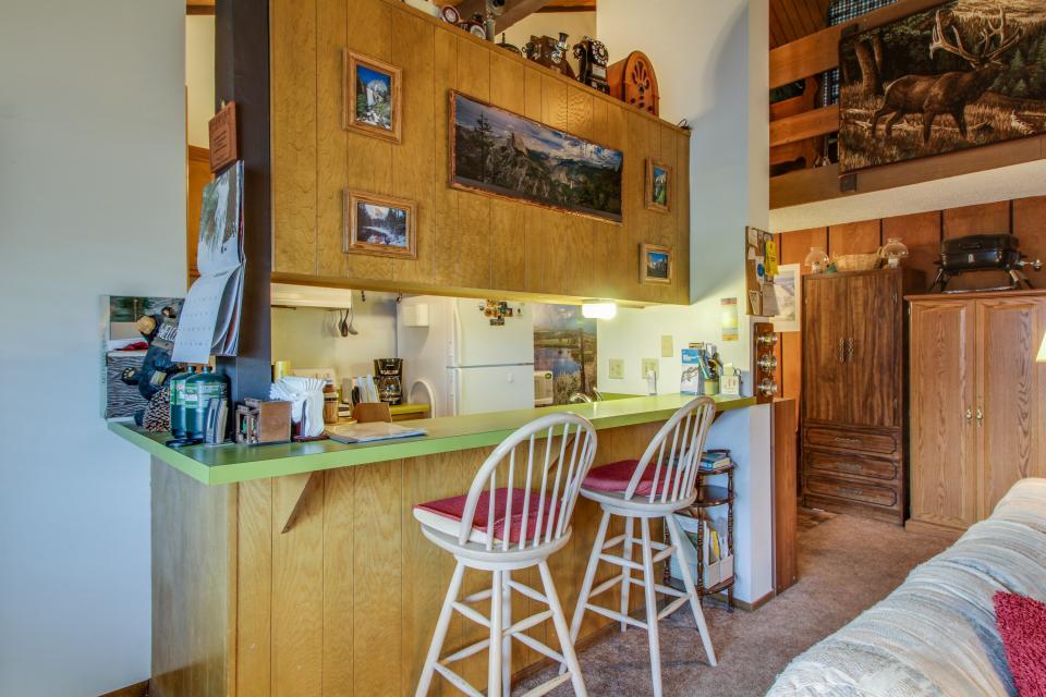 Sierra Manor Escape - Mammoth Lakes Vacation Rental - Photo 5