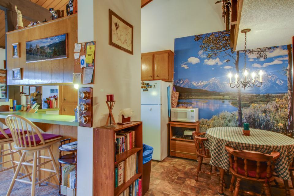 Sierra Manor Escape - Mammoth Lakes Vacation Rental - Photo 6