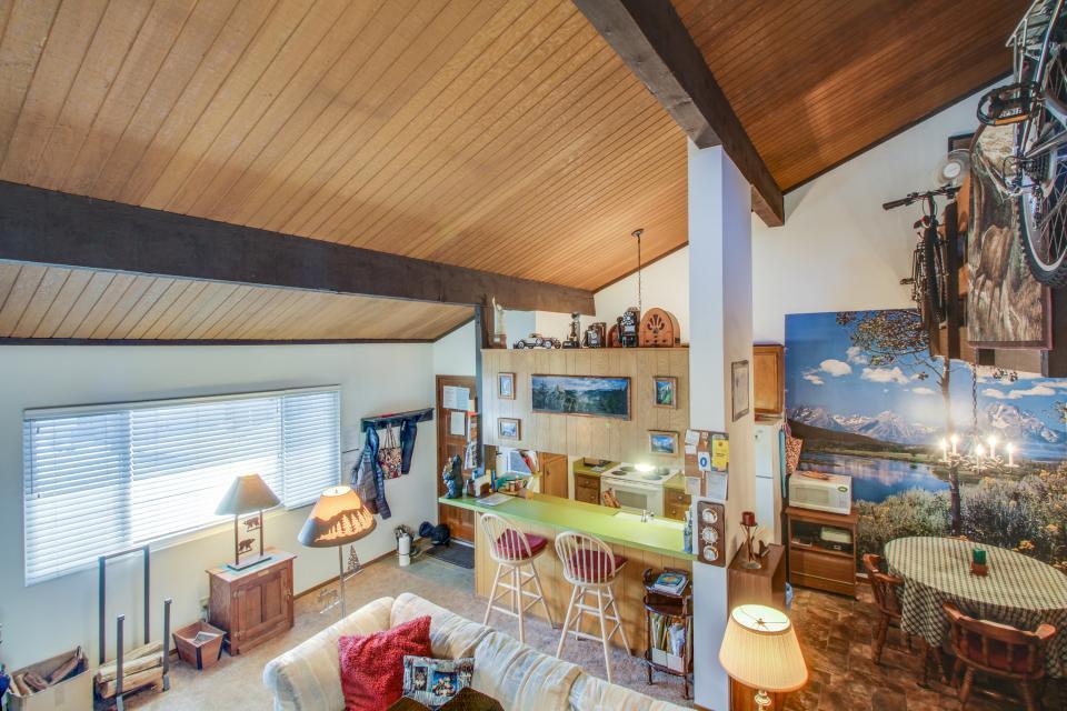 Sierra Manor Escape - Mammoth Lakes Vacation Rental - Photo 16
