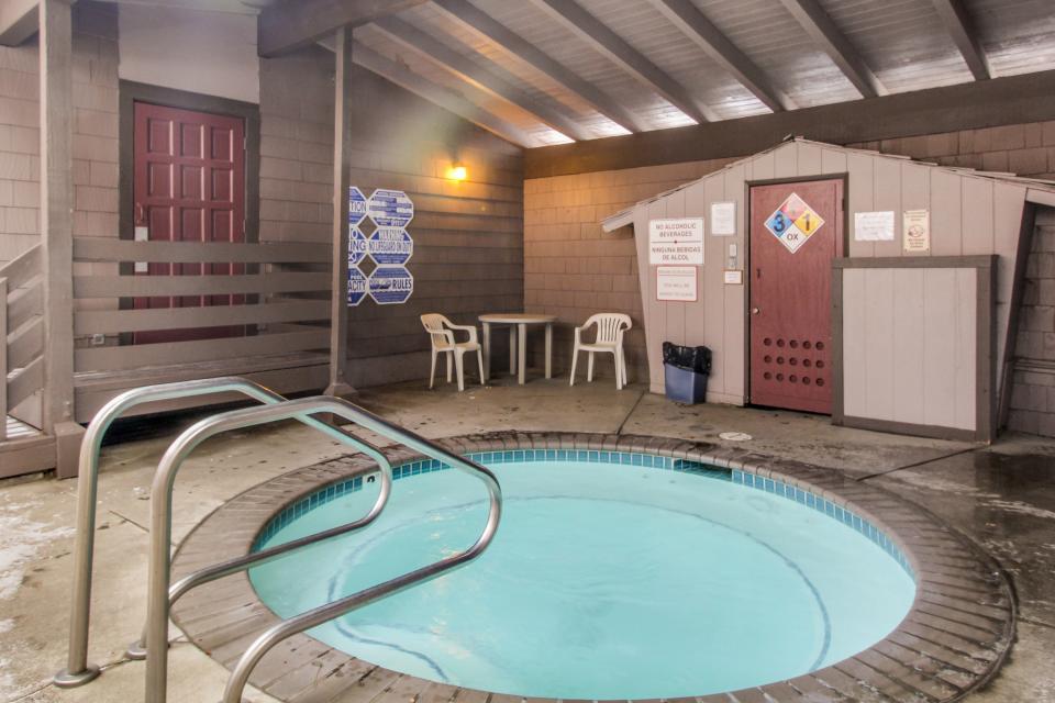 Sierra Manor Escape - Mammoth Lakes Vacation Rental - Photo 20