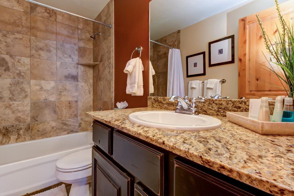 Bear Hollow Luxury Condo - Park City Vacation Rental - Photo 14