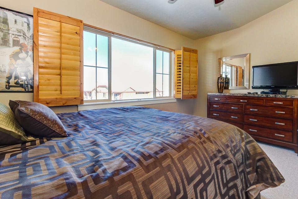 Bear Hollow Luxury Condo - Park City Vacation Rental - Photo 22