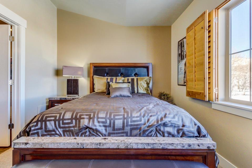 Bear Hollow Luxury Condo - Park City Vacation Rental - Photo 21
