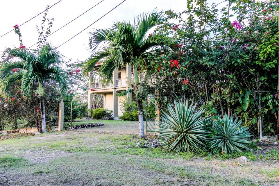 Apartment @ Villa Maya - San Ignacio Vacation Rental - Photo 23