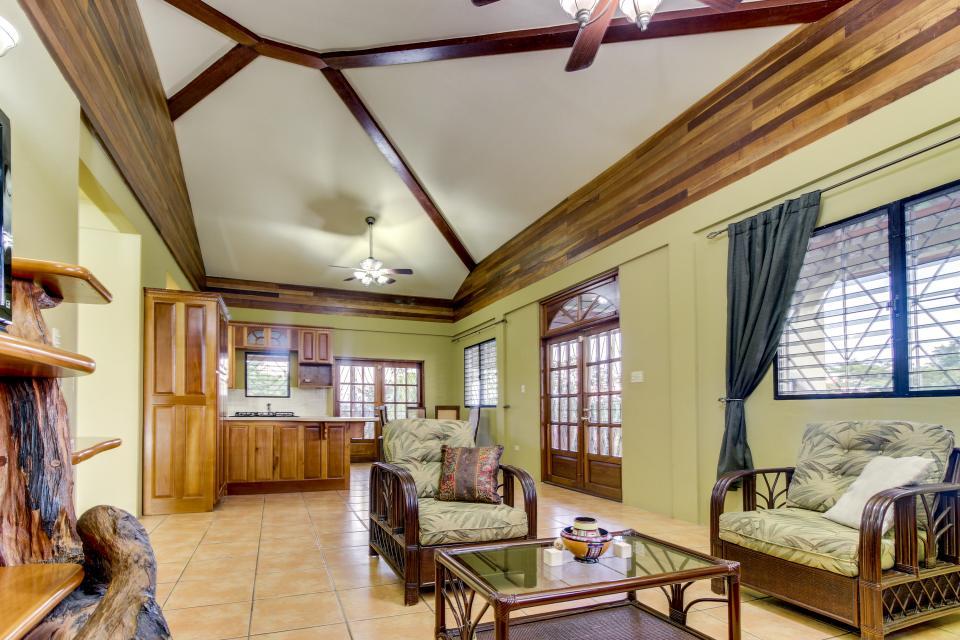 Suite @ Villa Maya - San Ignacio - Take a Virtual Tour