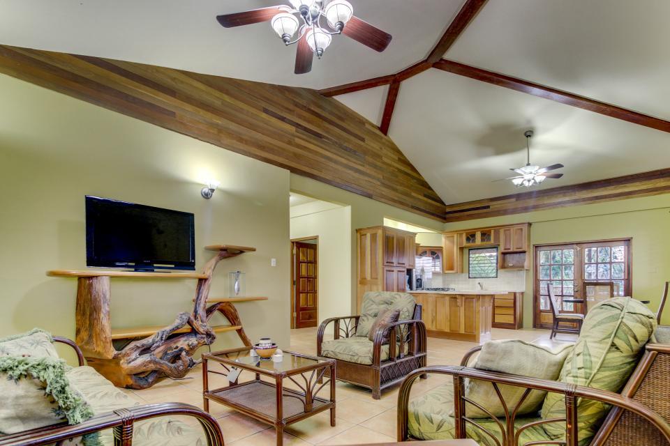 Suite @ Villa Maya - San Ignacio Vacation Rental - Photo 1