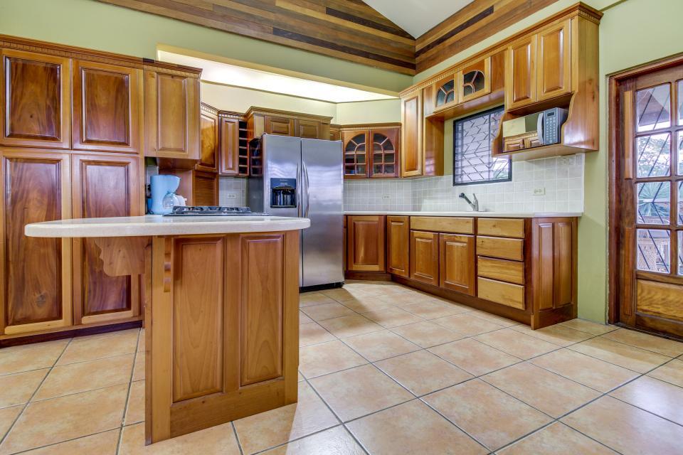 Suite @ Villa Maya - San Ignacio Vacation Rental - Photo 6