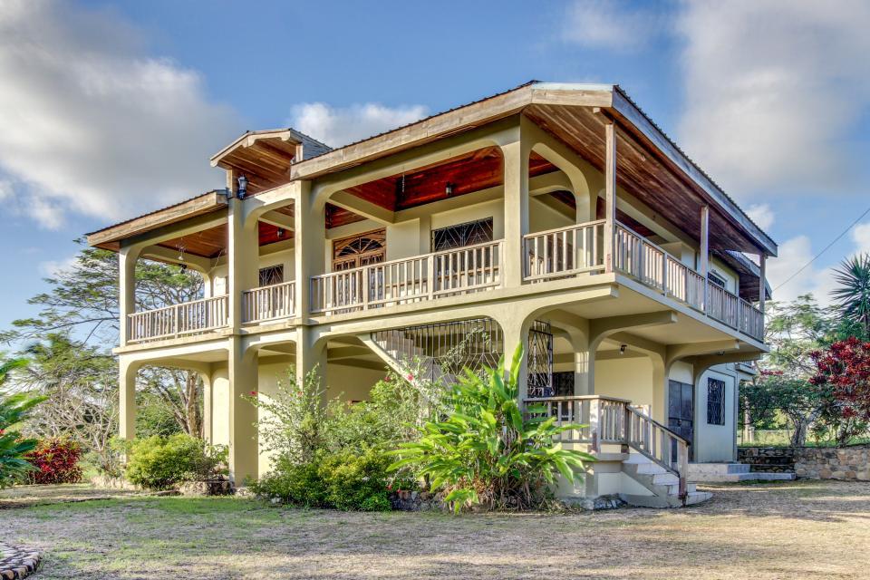 Suite @ Villa Maya - San Ignacio Vacation Rental - Photo 20